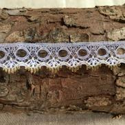 Dovecraft Broderie Anglais Daisy Flat Lace 2m x 40mm White 243301