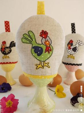 Feathers Appliquéd Egg Cosy