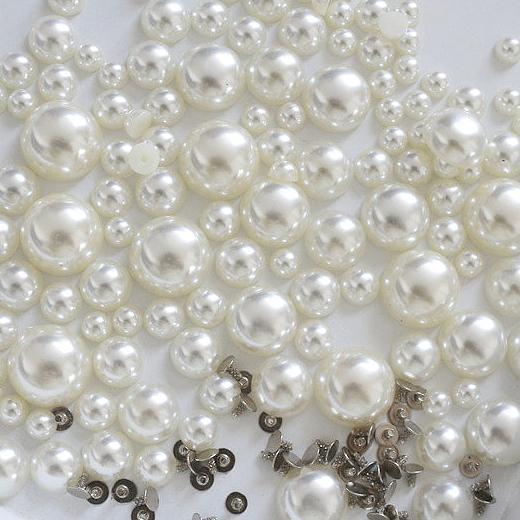 Buddly Crafts Flatback Heart Pearls